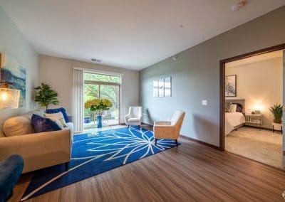 lake-jonathan-flats-chaska-mn-living-room-w-huge-windows
