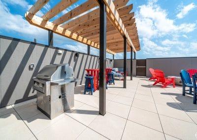 lake-jonathan-flats-chaska-mn-rooftop-patio